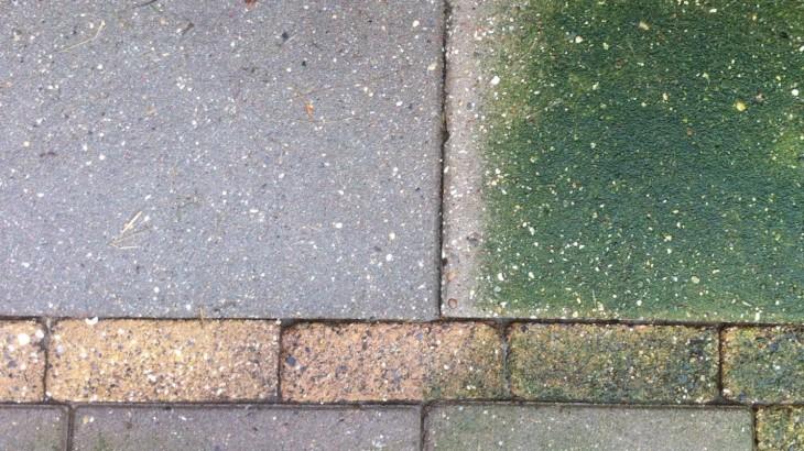 Groene aanslag en mos verwijderen